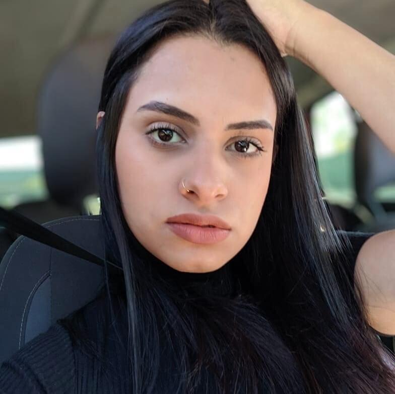 Karlla Almeida